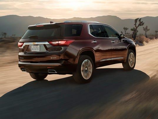 636384830802595733-2018-Chevrolet-Traverse-011.jpg