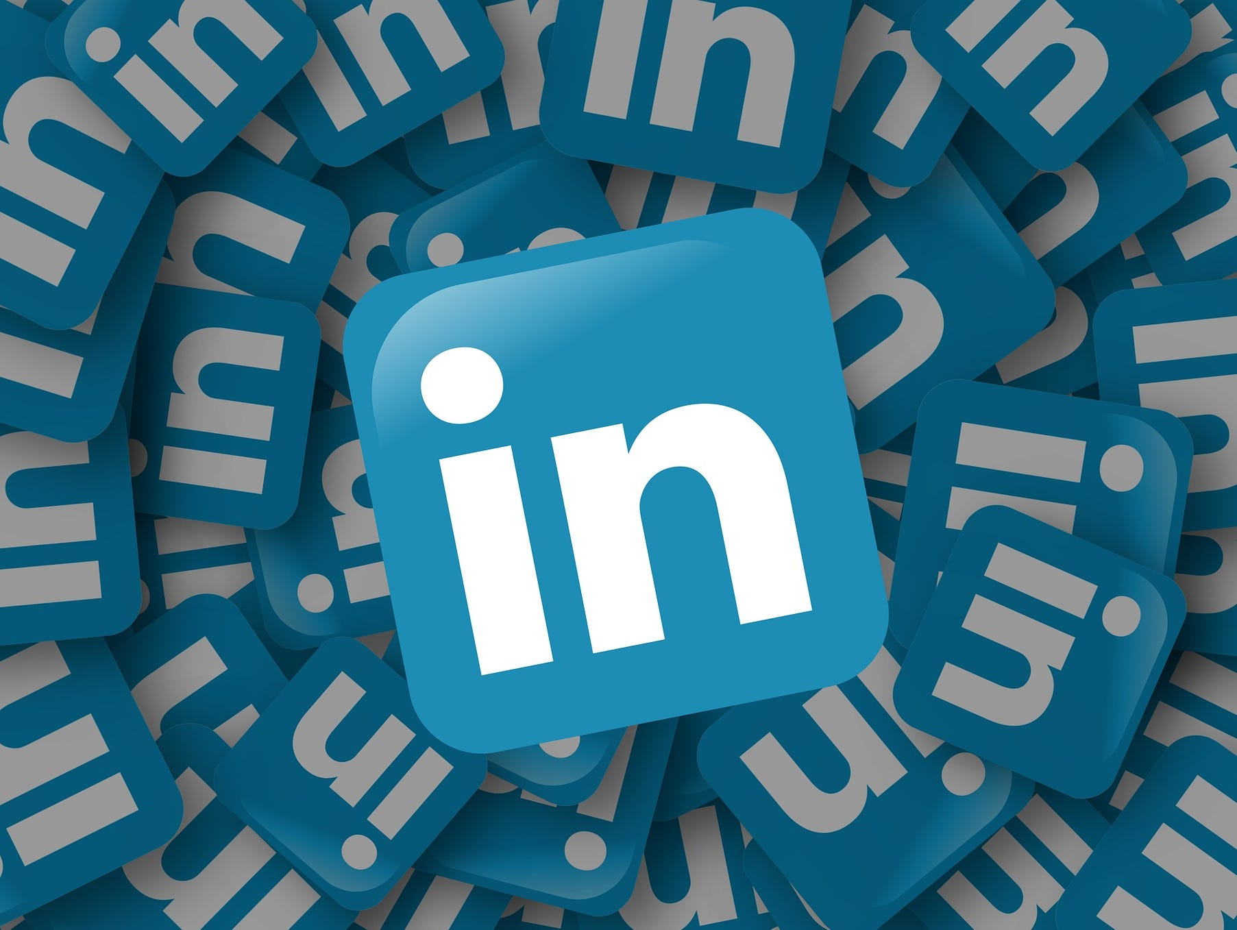 How Strong Is Your LinkedIn Profile? Do you need a new professional headshot?