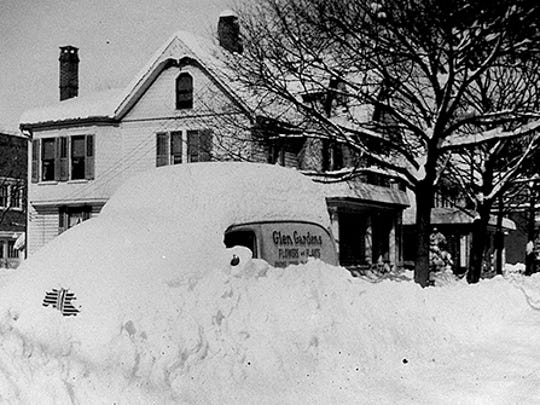 11 Manchester Street, Glen Rock in the 1950's submitted