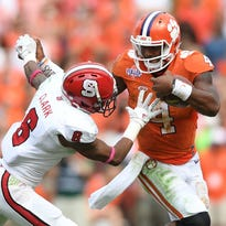 Clemson wide receiver Mike Williams (7) and the Tiger offense are looking to improve in several areas in the second half of the season.