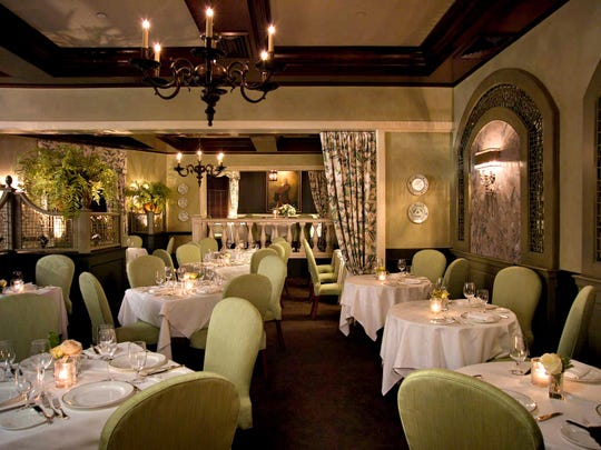 Courier News Dining Guide Bernards Inn Great Room
