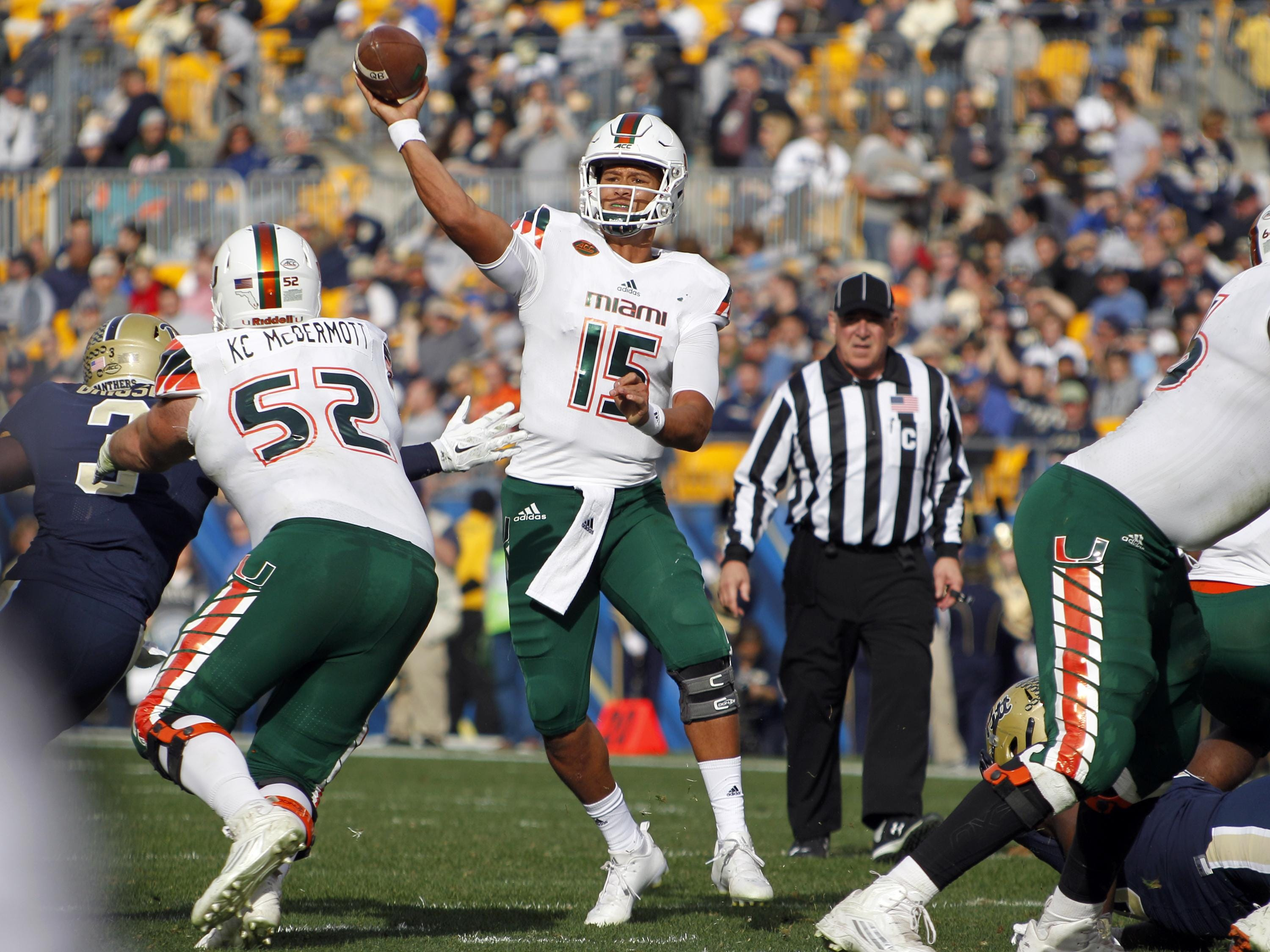 Brad Kaaya of the Miami Hurricanes drops back to pass during a game against the Pittsburgh Panthers.