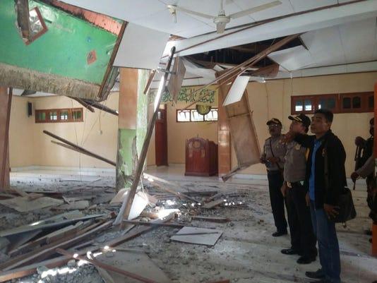 Indonesia Papua New Guinea Earthquake (2)