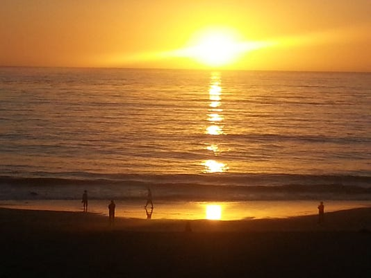 Perfect day in Carmel: Beach picnics, wine walk and sunset concert