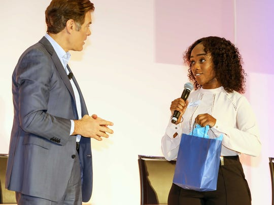 2018 Boys & Girls Clubs of St. Lucie County Youth of the Year Rebecca Jacques meets Dr. Mehmet Oz, who was in town for the Health & Wellness Festival taking place inside the Port St. Lucie Civic Center.