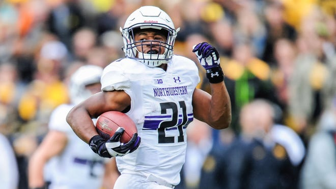 10. Northwestern (2-3, previous rank: 11): A one-spot jump despite not playing last weekend? Score! As you can probably tell, I'm still not at all sold that the Wildcats are better than their current ranking. Remember that 9-7 loss to Illinois State? Illinois State hasn't won a game since.