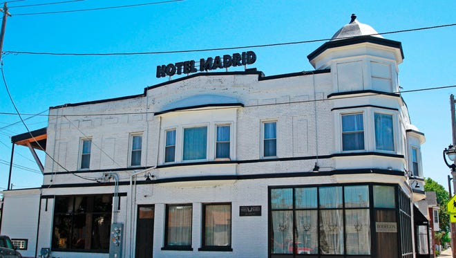 Hotel Madrid, 600 S. 6th St., will have its Winter Asado, a cookout with guest chefs, on the patio Feb. 25. Inside seating, too.