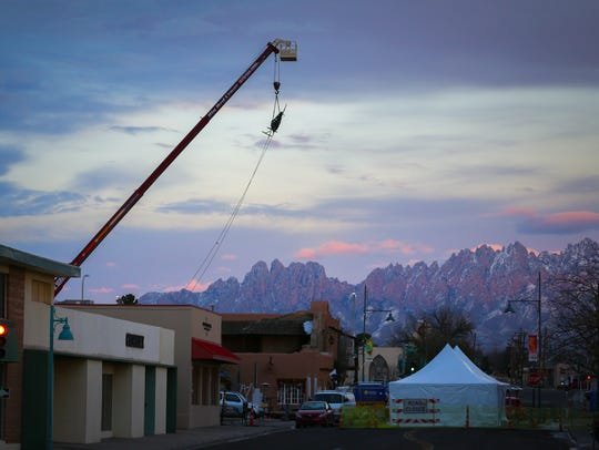 A 230-pound chile sculpture, which will be dropped