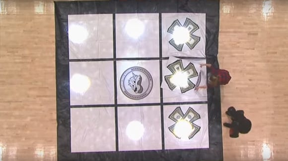 This awful game of NBA fan Tic Tac Toe will drive you up the wall