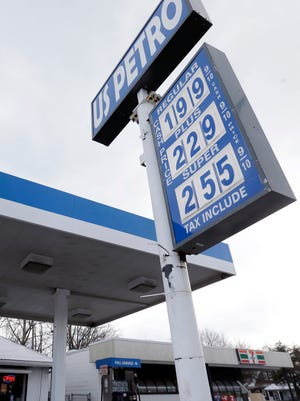 Fomrer Shell Oil president says gasoline is headed back to $5 a gallon.