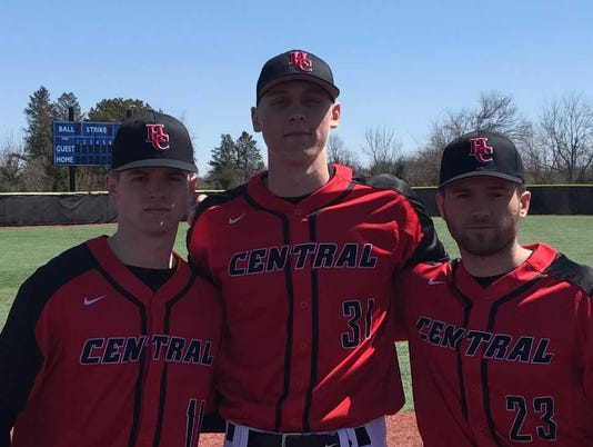 636581832226321199-BBO-Hunterdon-Central-pitchers.jpg