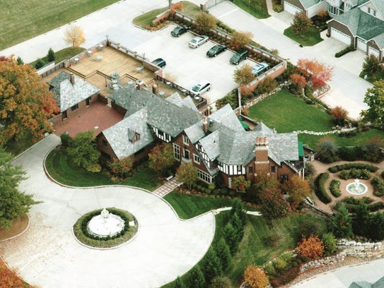 Say 'yes' To These Wedding Venues Of Central Iowa