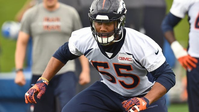 Denver Broncos outside linebacker Bradley Chubb participates in drills during rookie minicamp at the UCHealth Training Center.