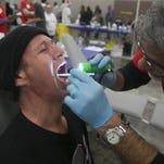 La falta de acceso a la salud bucal azota áreas remotas en Arizona