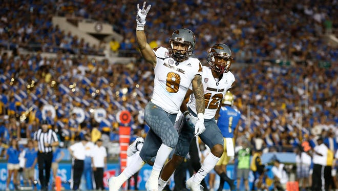 ASU's D.J. Foster scores a touchdown against UCLA in the second half on Oct. 3, 2015 at the Rose Bowl in Pasadena, CA.