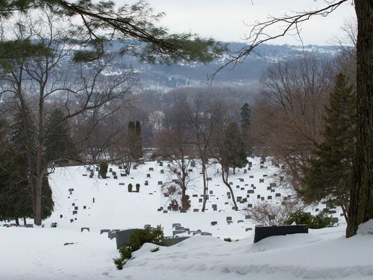 20150304_Lakeview_Cemetery_sw