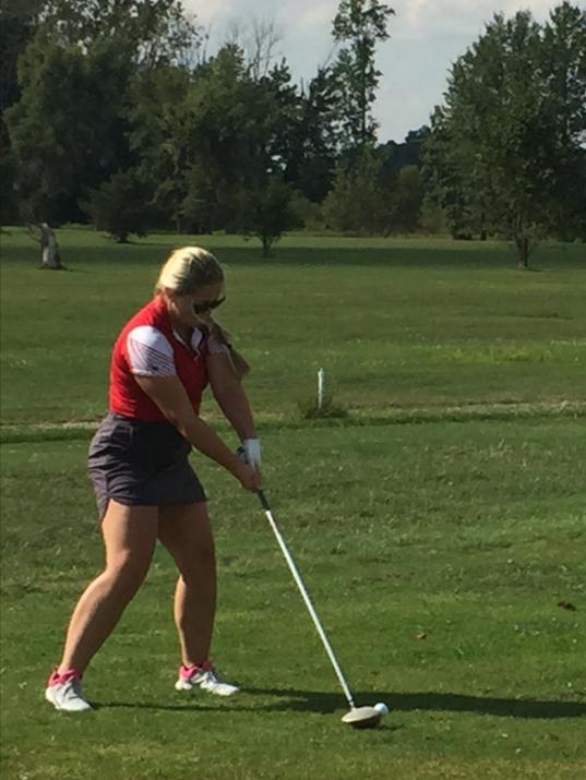 Elgin girls golf Cynthia Schnieder