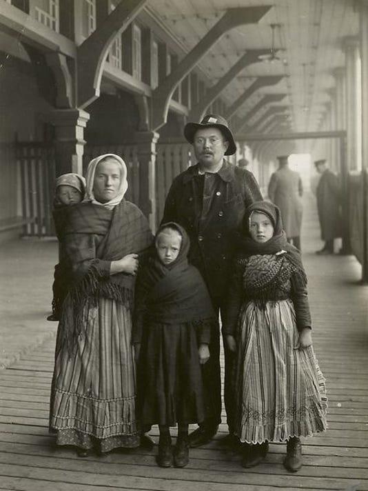 636307986221532244--4-German-immigrants.jpg
