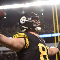 8e99b5121e4 Detroit Lions agree to terms with Steelers TE Jesse James