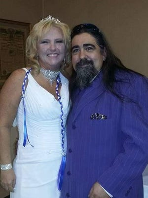 Pamela Lynn (Sergent) Dalton and David Jesus Perez