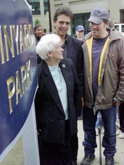 Bruce Springsteen (right) with Tex's Vinyard's widow,
