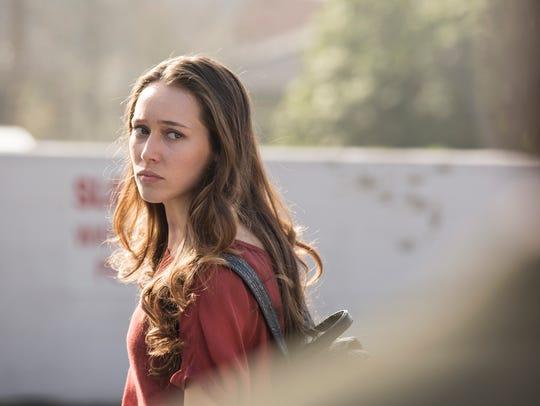 Alycia Debnam Carey is Alicia in 'Fear the Walking