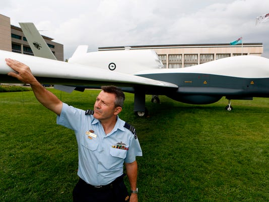 AFP AFP_16M8M9 I DEF POL AUS AU