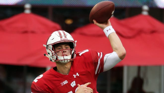 UW quarterback Alex Hornibrook overcame poor plays against Nebraska and Purdue by making big plays in pressure situations.