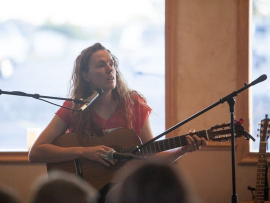 Laura Lounsbury performs at Berry Knoll Bakery in Colorado