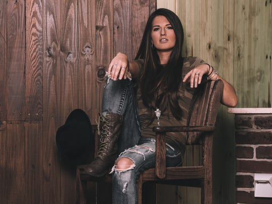 Country singer-songwriter Sheena Brook of Fort Myers