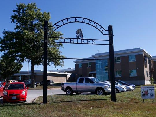 Kickapoo High School.