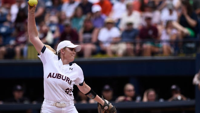 Makayla Martin (29) pitches in a 6-3 win over Mississippi State on Sunday, April 30, 2017, in Auburn, Ala.
