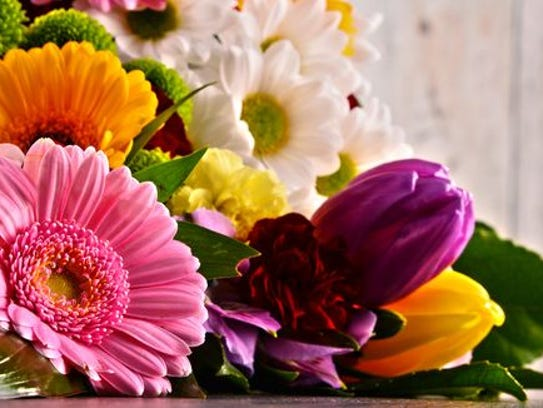 Flowers are a great choice for any occasion.