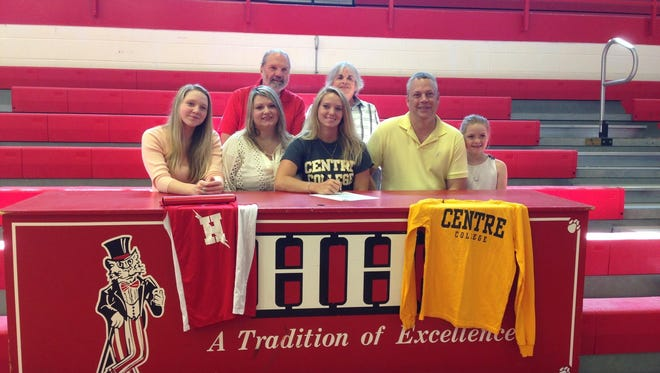Hendersonville senior Taylor Singleton has signed with the Centre (Ky.) track and field program.