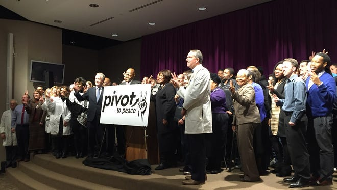 The mayor joins doctors, community leaders and others to launch program aiding victims of shootings and stabbings.
