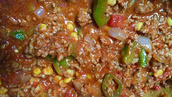 More than a dozen types of chili and cornbread will be up for grabs at Sunday's Wilmington Chili Challenge at Kelly's Logan House in Wilmington.