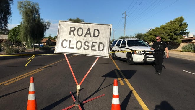 A car wreck forced police to close Camelback between 67th and 75th avenues on Sept. 28, 2016.
