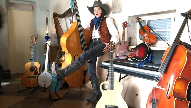 Jeneveve Rose Mitchell is a new artist working with Nashville crowdsourcing startup Bandtwango.