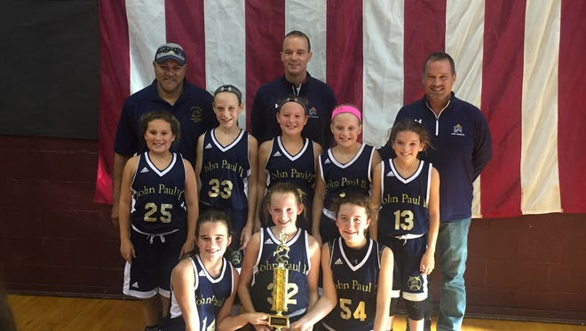 Back left-right coaches – Jerry Houston, Jerri Floyd, Timmy Floyd Middle L-R – Drew Sprague, Ella Gough, Lillian Goodloe, Paisley Eckman, Annie Beaven Front L-R Emma Floyd, Reese Hagan, Madison Morris