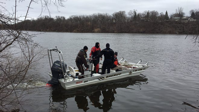 Stearns County divers started searching the Mississippi River Thursday in connection with the disappearance of Jesse Dady.