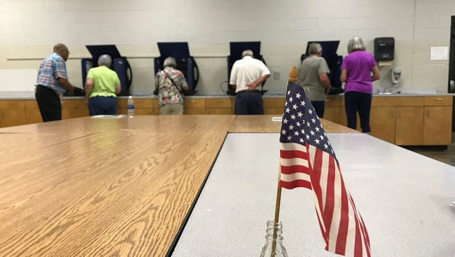 Anderson County residents cast their vote in an art room at Powdersville Middle School on Tuesday, June 12, 2018.