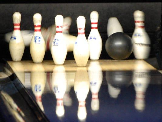 -PTC 0102 Bowling 3.jpg_20130121.jpg