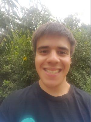 Eau Gallie's 2017 Top Scholar Enrique Gutierrez