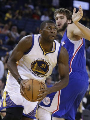 Former Vanderbilt star Festus Ezeli, now with the Golden State Warriors, treated 200 people to Thanksgiving lunch in San Francisco for the third straight year.