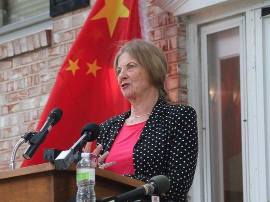 Joni Axel, friend of Presidnet Xi Jinping, talks to
