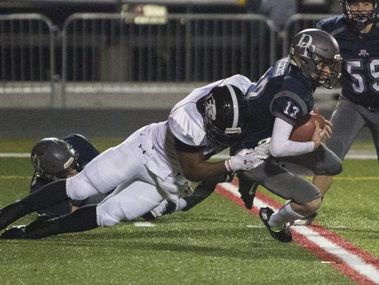 3-YDR-PC-111315-DTfootball