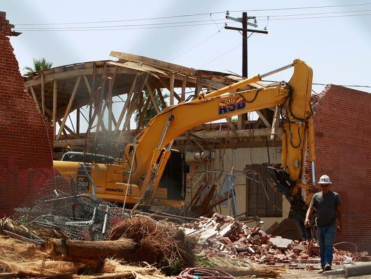 Circles building demolition