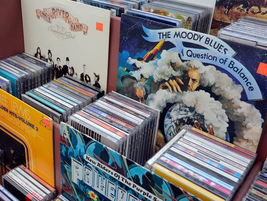 Vinyl albums make a resurgence
