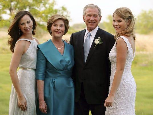 Bush Daughters Jenna And Barbara Writing A Memoir