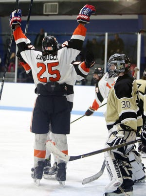 Mamaroneck defeated Clarkstown 3-0 in ice hockey action at Hommocks Park Ice Rink in Mamaroneck Jan. 20, 2017.